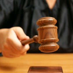 Как подать в суд на банк? Или как добиться правды обманутым вкладчикам?